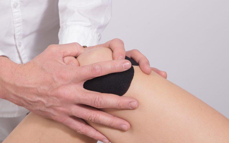 Jumpers Knee mit Kineiologie Tapes versorgen